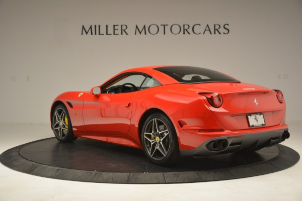 Used 2017 Ferrari California T Handling Speciale for sale $174,900 at Alfa Romeo of Greenwich in Greenwich CT 06830 15