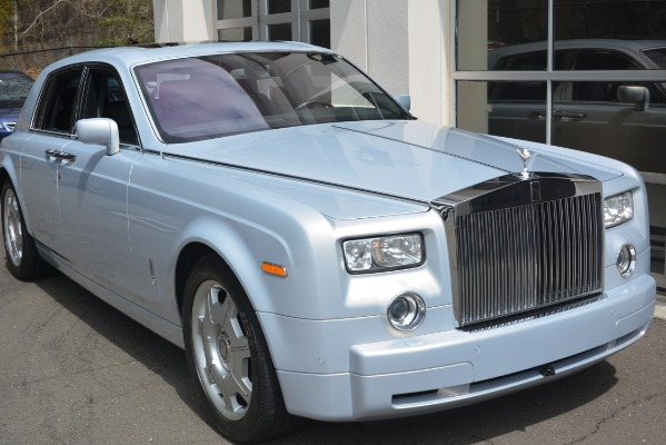 Used 2007 Rolls-Royce Phantom for sale Sold at Alfa Romeo of Greenwich in Greenwich CT 06830 11