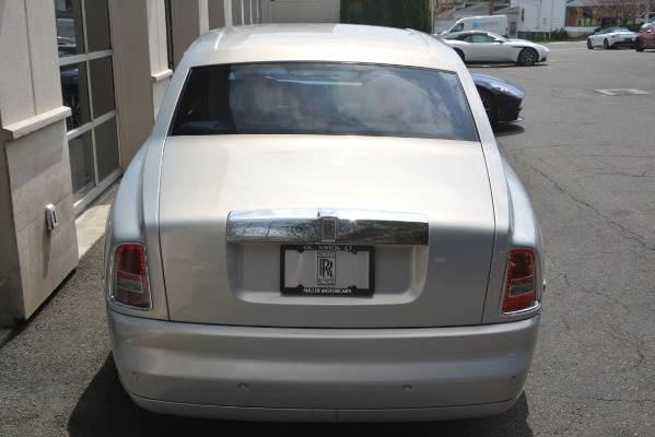 Used 2007 Rolls-Royce Phantom for sale Sold at Alfa Romeo of Greenwich in Greenwich CT 06830 13