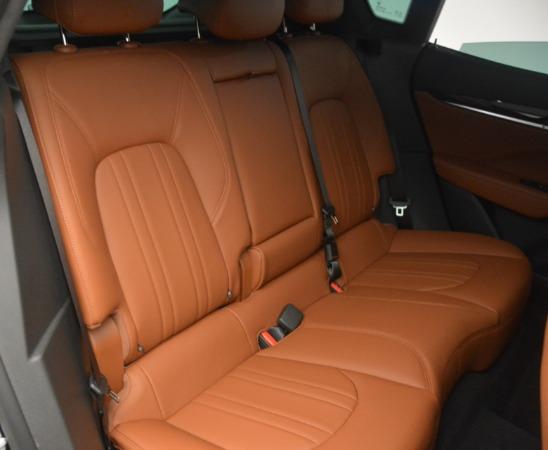 New 2019 Maserati Levante Q4 for sale $61,900 at Alfa Romeo of Greenwich in Greenwich CT 06830 28