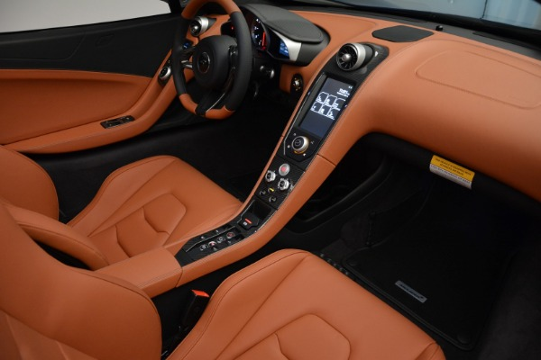 Used 2015 McLaren 650S Spider Convertible for sale Sold at Alfa Romeo of Greenwich in Greenwich CT 06830 25