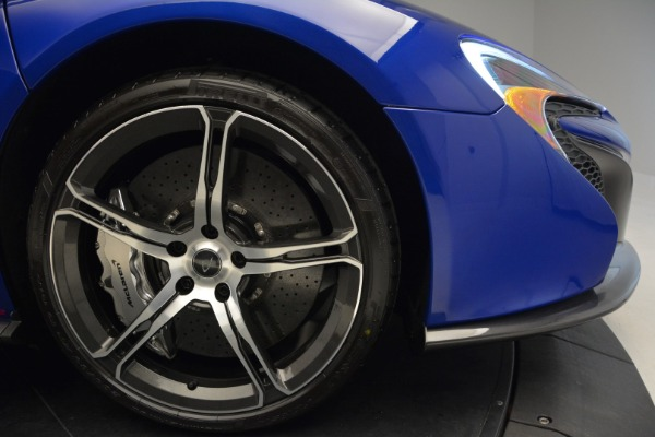 Used 2015 McLaren 650S Spider Convertible for sale Sold at Alfa Romeo of Greenwich in Greenwich CT 06830 28