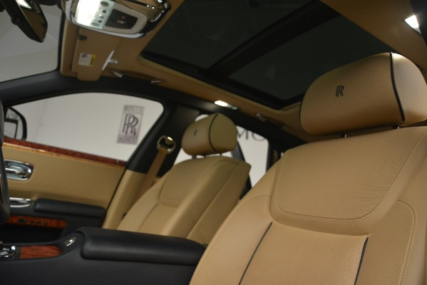 Used 2015 Rolls-Royce Ghost for sale Sold at Alfa Romeo of Greenwich in Greenwich CT 06830 27