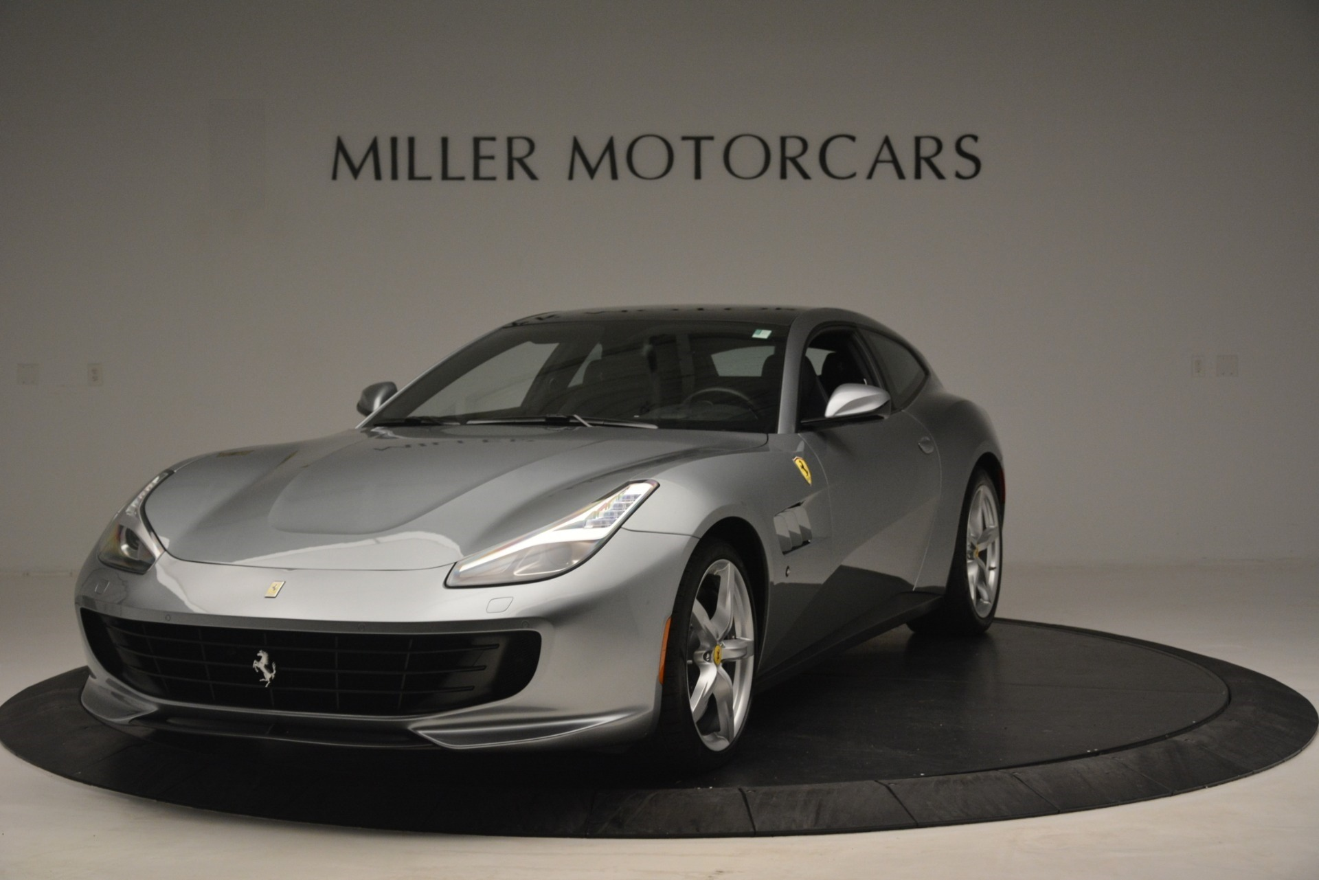 Used 2017 Ferrari GTC4Lusso for sale $219,900 at Alfa Romeo of Greenwich in Greenwich CT 06830 1