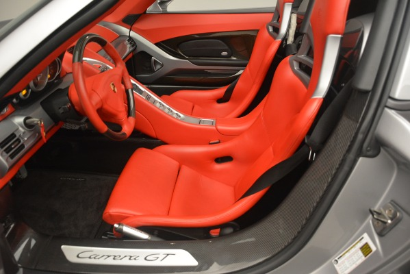 Used 2005 Porsche Carrera GT for sale Sold at Alfa Romeo of Greenwich in Greenwich CT 06830 24