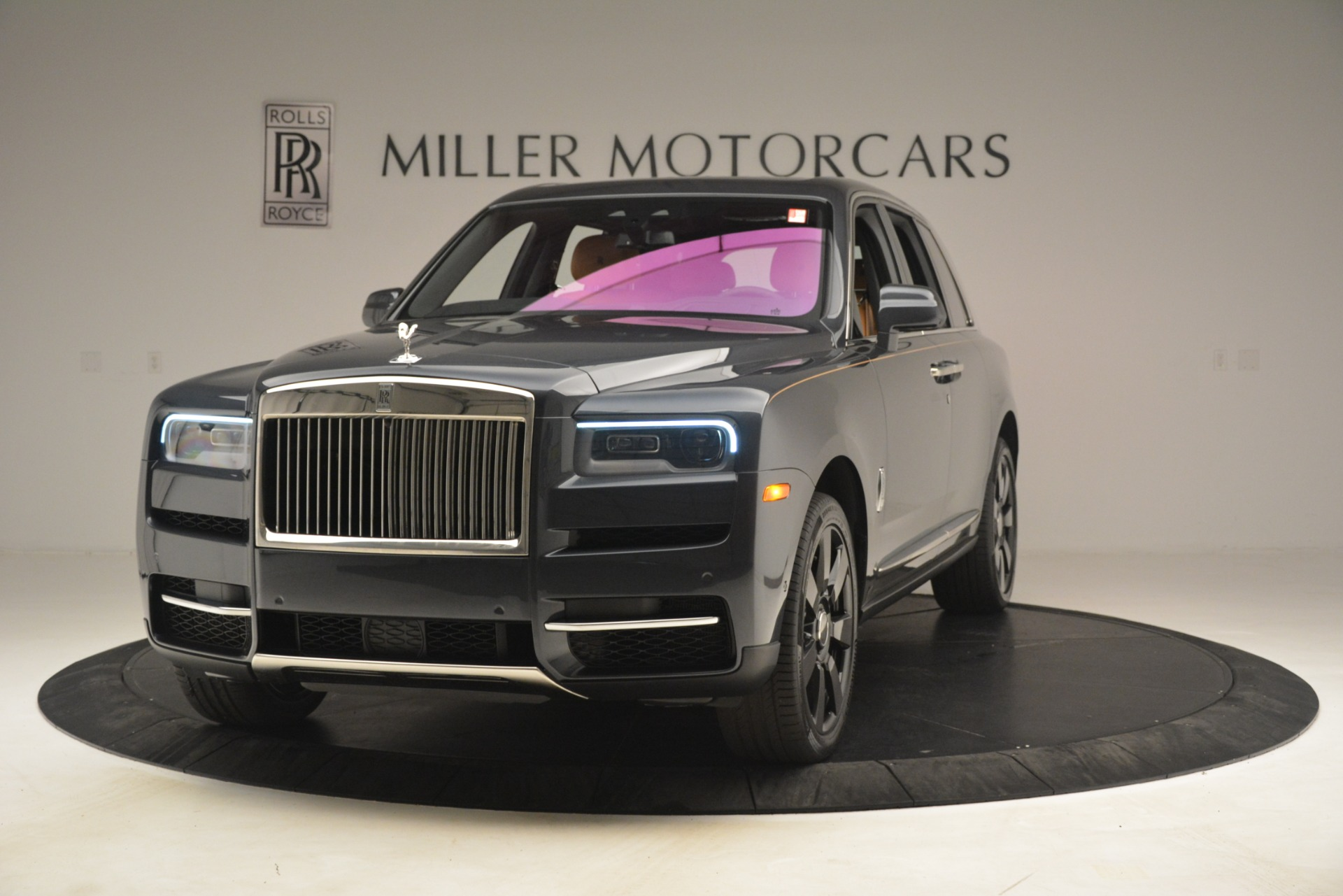 Used 2019 Rolls-Royce Cullinan for sale $347,900 at Alfa Romeo of Greenwich in Greenwich CT 06830 1