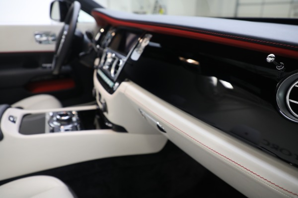 Used 2019 Rolls-Royce Dawn for sale $379,900 at Alfa Romeo of Greenwich in Greenwich CT 06830 25