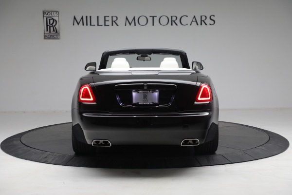 Used 2019 Rolls-Royce Dawn for sale $379,900 at Alfa Romeo of Greenwich in Greenwich CT 06830 8
