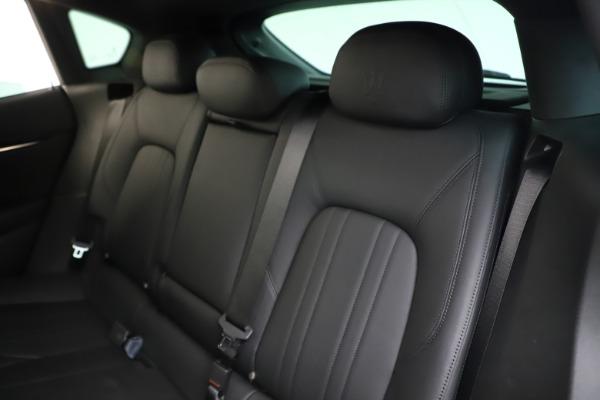 Used 2019 Maserati Levante Q4 for sale Sold at Alfa Romeo of Greenwich in Greenwich CT 06830 18