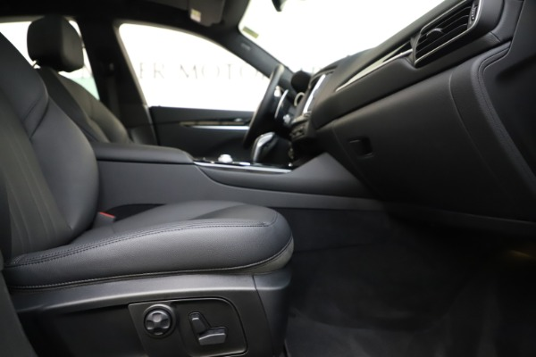 Used 2019 Maserati Levante Q4 for sale Sold at Alfa Romeo of Greenwich in Greenwich CT 06830 23