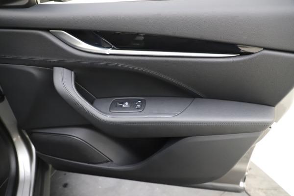 Used 2019 Maserati Levante Q4 for sale $61,900 at Alfa Romeo of Greenwich in Greenwich CT 06830 25