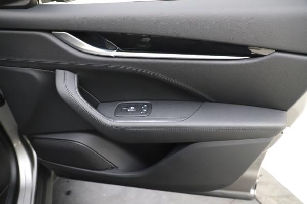 Used 2019 Maserati Levante Q4 for sale Sold at Alfa Romeo of Greenwich in Greenwich CT 06830 25
