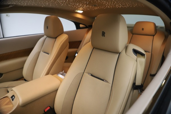 Used 2015 Rolls-Royce Wraith for sale $199,900 at Alfa Romeo of Greenwich in Greenwich CT 06830 17