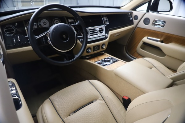 Used 2015 Rolls-Royce Wraith for sale $199,900 at Alfa Romeo of Greenwich in Greenwich CT 06830 19