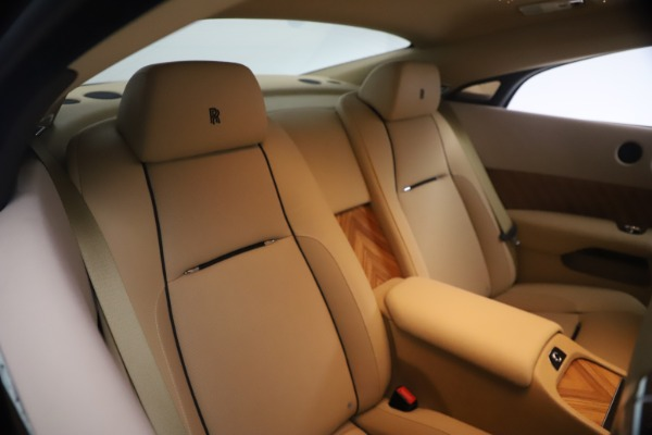 Used 2015 Rolls-Royce Wraith for sale $199,900 at Alfa Romeo of Greenwich in Greenwich CT 06830 21