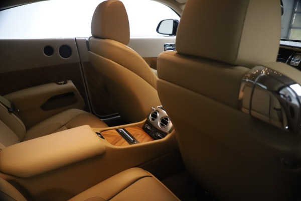 Used 2015 Rolls-Royce Wraith for sale $199,900 at Alfa Romeo of Greenwich in Greenwich CT 06830 24