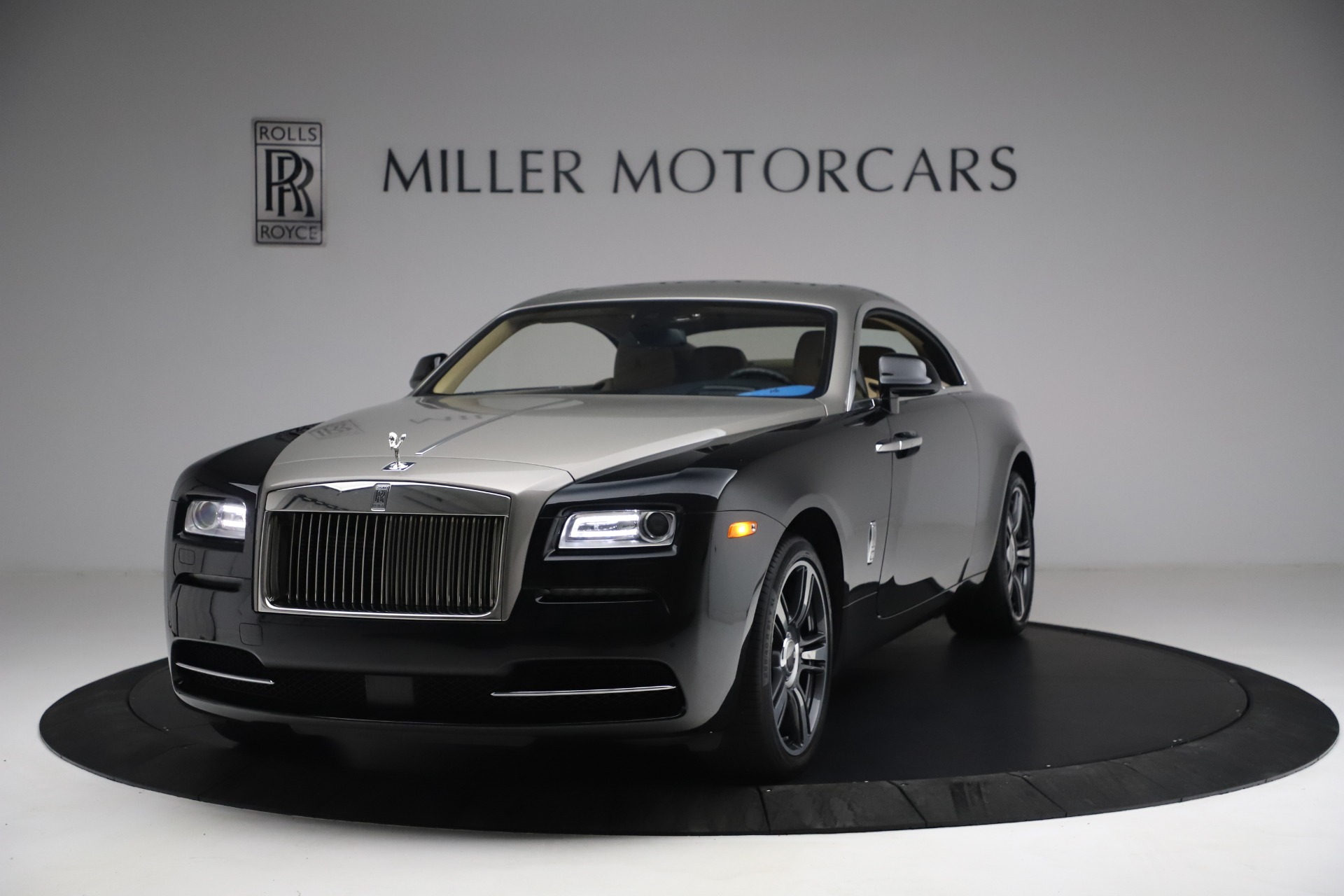 Used 2015 Rolls-Royce Wraith for sale $199,900 at Alfa Romeo of Greenwich in Greenwich CT 06830 1