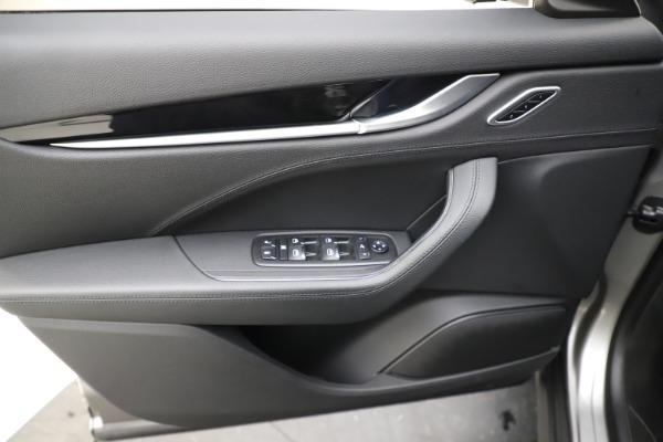 New 2019 Maserati Levante Q4 for sale Sold at Alfa Romeo of Greenwich in Greenwich CT 06830 17