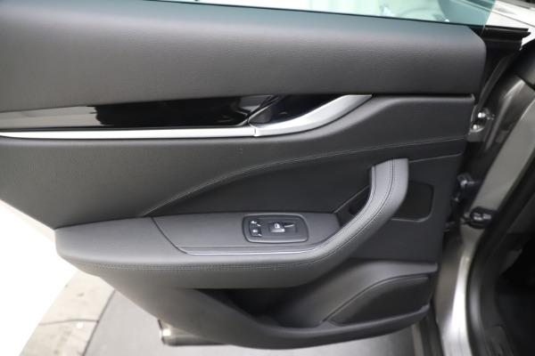 New 2019 Maserati Levante Q4 for sale Sold at Alfa Romeo of Greenwich in Greenwich CT 06830 21