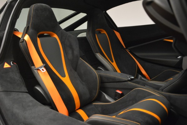 Used 2018 McLaren 720S Coupe for sale Sold at Alfa Romeo of Greenwich in Greenwich CT 06830 20