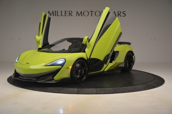 New 2020 McLaren 600LT SPIDER Convertible for sale $281,570 at Alfa Romeo of Greenwich in Greenwich CT 06830 18