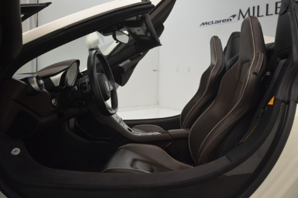 Used 2015 McLaren 650S Convertible for sale Sold at Alfa Romeo of Greenwich in Greenwich CT 06830 21