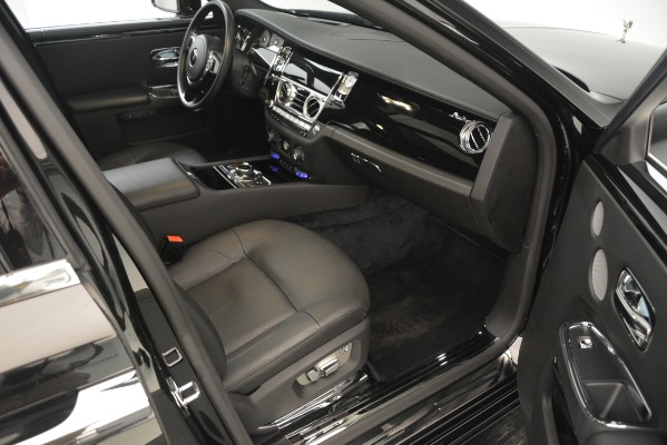 Used 2014 Rolls-Royce Ghost for sale Sold at Alfa Romeo of Greenwich in Greenwich CT 06830 20