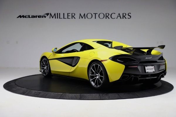 New 2019 McLaren 570S SPIDER Convertible for sale $227,660 at Alfa Romeo of Greenwich in Greenwich CT 06830 11