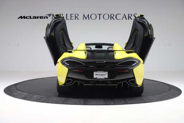 New 2019 McLaren 570S SPIDER Convertible for sale $227,660 at Alfa Romeo of Greenwich in Greenwich CT 06830 20