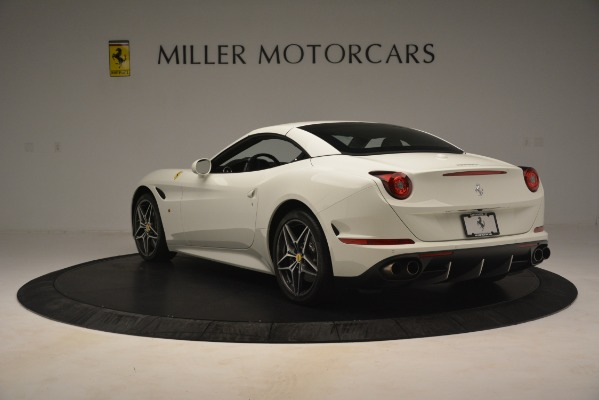 Used 2016 Ferrari California T for sale $141,900 at Alfa Romeo of Greenwich in Greenwich CT 06830 16