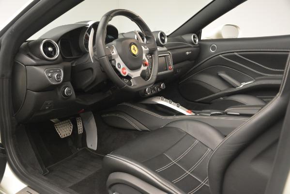 Used 2016 Ferrari California T for sale $141,900 at Alfa Romeo of Greenwich in Greenwich CT 06830 19