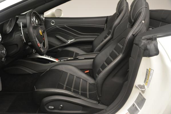 Used 2016 Ferrari California T for sale $141,900 at Alfa Romeo of Greenwich in Greenwich CT 06830 20