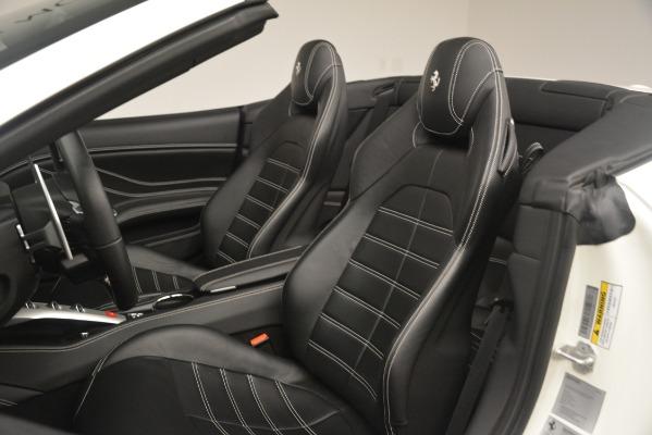 Used 2016 Ferrari California T for sale $141,900 at Alfa Romeo of Greenwich in Greenwich CT 06830 21