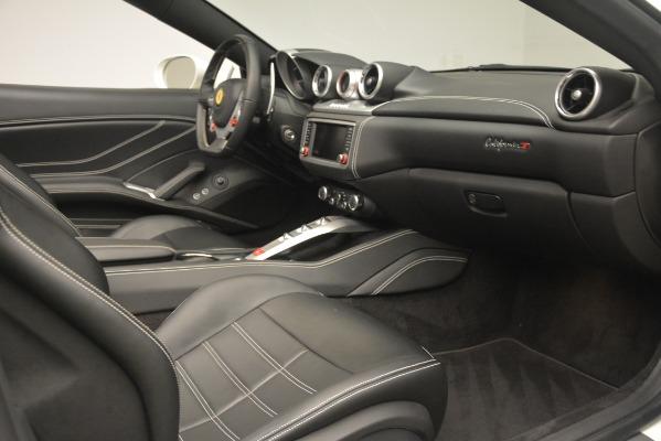 Used 2016 Ferrari California T for sale $141,900 at Alfa Romeo of Greenwich in Greenwich CT 06830 25