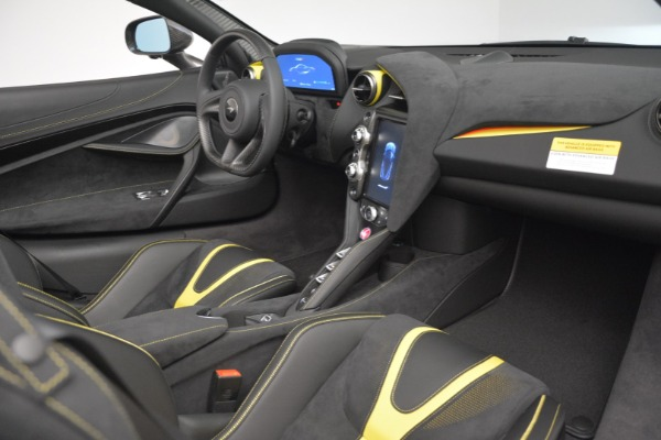 Used 2020 McLaren 720S Spider for sale Sold at Alfa Romeo of Greenwich in Greenwich CT 06830 27