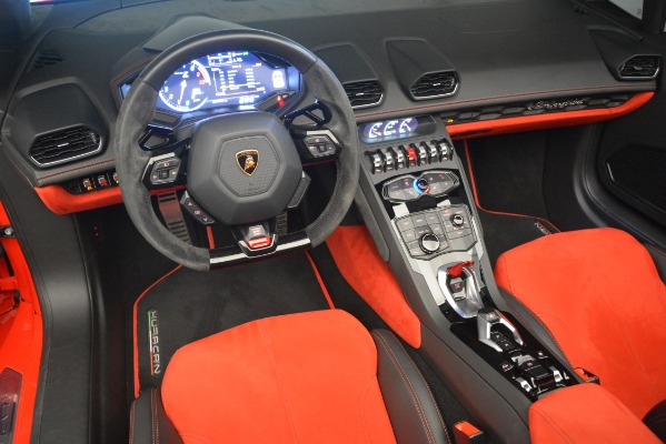 Used 2017 Lamborghini Huracan LP 610-4 Spyder for sale Sold at Alfa Romeo of Greenwich in Greenwich CT 06830 19