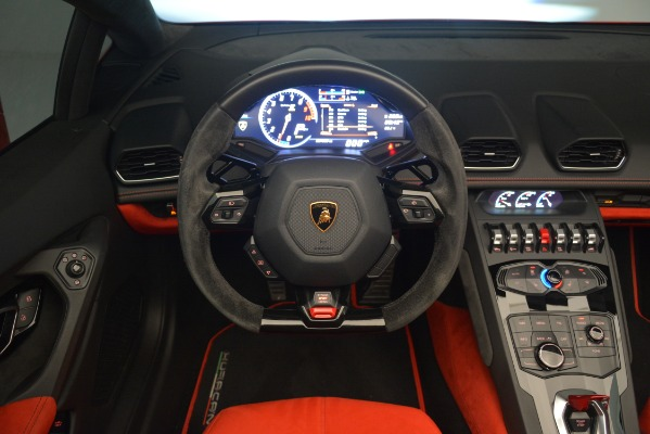 Used 2017 Lamborghini Huracan LP 610-4 Spyder for sale Sold at Alfa Romeo of Greenwich in Greenwich CT 06830 20