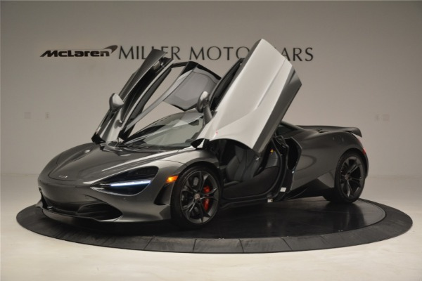 Used 2018 McLaren 720S for sale $269,900 at Alfa Romeo of Greenwich in Greenwich CT 06830 13