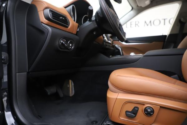 New 2019 Maserati Levante Q4 for sale Sold at Alfa Romeo of Greenwich in Greenwich CT 06830 14