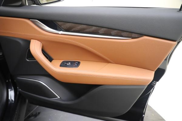 New 2019 Maserati Levante Q4 for sale Sold at Alfa Romeo of Greenwich in Greenwich CT 06830 25