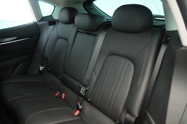 New 2019 Maserati Levante Q4 Nerissimo for sale $89,850 at Alfa Romeo of Greenwich in Greenwich CT 06830 18