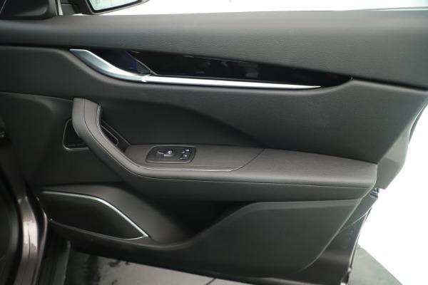 New 2019 Maserati Levante Q4 Nerissimo for sale $89,850 at Alfa Romeo of Greenwich in Greenwich CT 06830 25