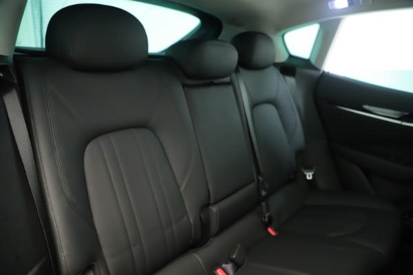 New 2019 Maserati Levante Q4 Nerissimo for sale $89,850 at Alfa Romeo of Greenwich in Greenwich CT 06830 26