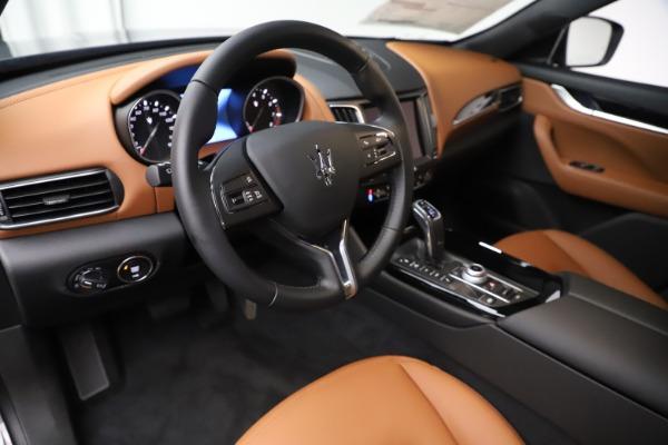 New 2019 Maserati Levante Q4 for sale $83,660 at Alfa Romeo of Greenwich in Greenwich CT 06830 13