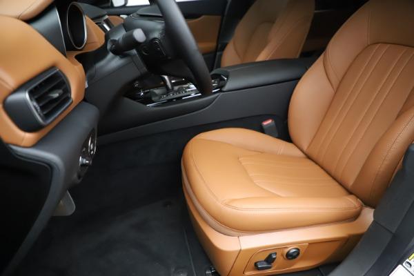 New 2019 Maserati Levante Q4 for sale $83,660 at Alfa Romeo of Greenwich in Greenwich CT 06830 15