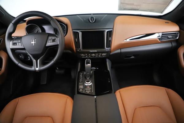 New 2019 Maserati Levante Q4 for sale $83,660 at Alfa Romeo of Greenwich in Greenwich CT 06830 16