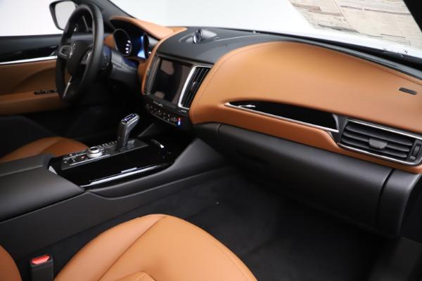 New 2019 Maserati Levante Q4 for sale $83,660 at Alfa Romeo of Greenwich in Greenwich CT 06830 22