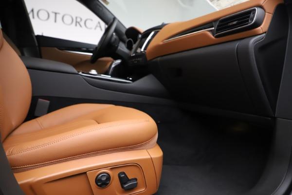 New 2019 Maserati Levante Q4 for sale $83,660 at Alfa Romeo of Greenwich in Greenwich CT 06830 23