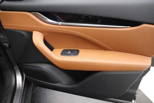 New 2019 Maserati Levante Q4 for sale $83,660 at Alfa Romeo of Greenwich in Greenwich CT 06830 25