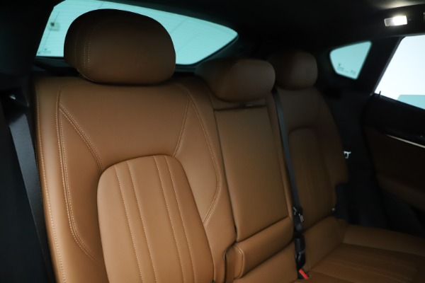 New 2019 Maserati Levante Q4 for sale $83,660 at Alfa Romeo of Greenwich in Greenwich CT 06830 26